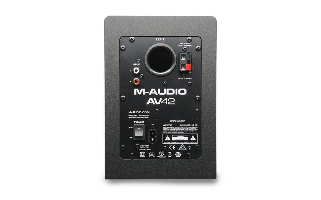 M-Audio AV42, conectividad