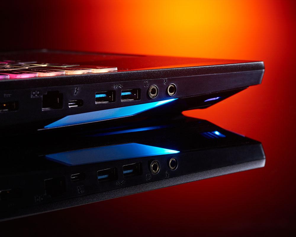 MSI GT76 Titan DT 9SF-009ES, conectividad