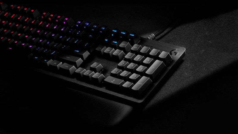 Logitech G513, RGB