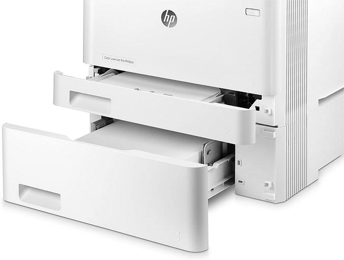 HP Color LaserJet Pro M452dn, bandejas