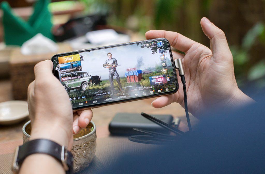 smartphone gaming. Juego